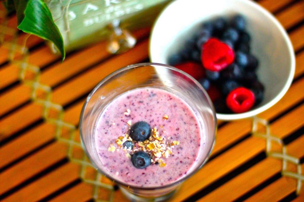 FAB EATS! HEALTHY DETOX SMOOTHIE RECIPIES TO KICK START YOUR DAY!